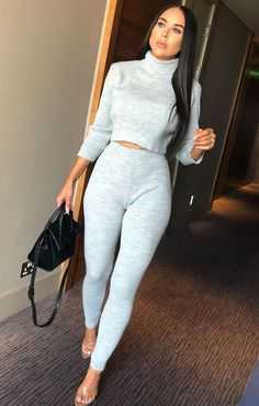 As a thank you to all my readers out there I'm giving away the below FemmeLuxe Grey High Neck Cropped Loungewear Set in Size S/M. Cute Comfy Outfits, Sporty Outfits, Casual Fall Outfits, Fall Winter Outfits, Loungewear Outfits, Loungewear Set, Look Fashion, Fashion Outfits, Womens Fashion