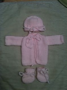 Tiny knit set for Preemies and Bereavement gifts