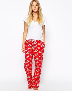 Buy Cath Kidston Christmas Billie Nightwear Long PJ Bottom at ASOS. Get the latest trends with ASOS now. Cath Kidston Pyjamas, Cath Kidston Christmas, Best Christmas Gifts, Christmas Presents, Festival Fashion, Cool Gifts, Nightwear, Gifts For Her, Latest Trends