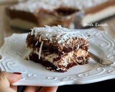 Bolo belga de prestigio, bolo gelado! - Monta Encanta Sweet Recipes, Cake Recipes, Dessert Recipes, Food Cakes, Dessert Bars, Big Chefs, Bolo Frozen, Custard Cake, Banoffee