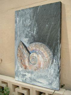 Shell Drawing, Painting & Drawing, Bild Gold, Art Drawings For Kids, Coastal Art, Shell Art, Art Abstrait, Ocean Art, Ammonite