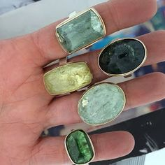 Rings stacked - Jamie Joseph Source by HHdesign Statement Jewelry, Gemstone Jewelry, Jewelry Rings, Silver Jewelry, Jewelry Accessories, Fine Jewelry, Jewelry Design, Diamond Promise Rings, Ruby Rings