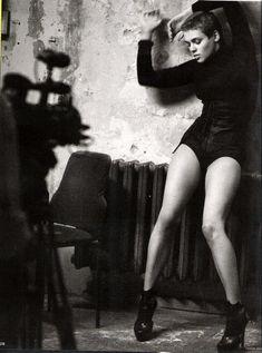 Vogue DE - Nina Burri – Oct 2009. Photos PETER LINDBERGH