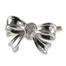 Georgeous Bow Ring Shopping Guide