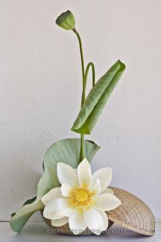 Ikebana-042.jpg by Zen-Images, via Flickr