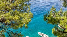 With its constellation of crystalline coves, Croatia's reputation among sun-seekers is only getting stronger. Cast an eye over our favorite beaches, direct from the Dalmatian coast. Green Bay, Croatia Tours, Sports Nautiques, Dubrovnik Old Town, European Road Trip, Destinations, Adriatic Sea, Most Beautiful Beaches, Turquoise Water