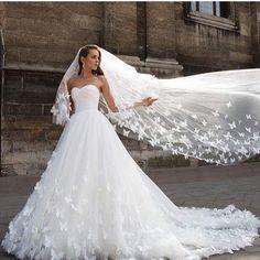 Gelinlik Sarayın'dan Alışveris Yapanlara Özel... ♥️  İNDİRİM♥️ Denizli #gelinlik  #pamukkale #çamlık#çınar #ac ıpayam #babada ğ #baklan  #honaz  #buldan  #bekilli  #beya ğaç#çal#çameli#çardak#çivril #g üney #kale  #merkezefendi # #sarayk öy #serinhisar  #tavas  #gelin  #love  #wedding  #instagood  #weddings  #photooftheday  #tbt  #weddingphotographer