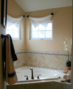 Clever, Yet Thifty Window Treatments Traditional Bathroom