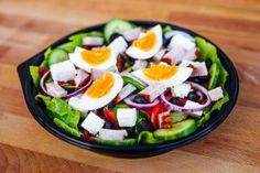 Salata Bulgareasca (400g) Pizza Burgers, Menu, Breakfast, Food, Menu Board Design, Morning Coffee, Essen, Meals, Yemek