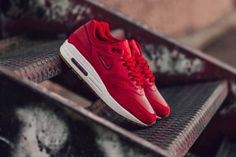 Nike WMNS Air Max 1 Premium Jewel Gym Red