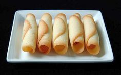 This recipe for Czech Parisian cookies or parizske pecivo are better known as rolled wafer cookies or pirouettes in French.