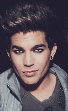 adam lambert oh those eyes! Adam Lambert, League Of Extraordinary Gentlemen, Lgbt History, Always Smile, I Icon, American Idol, Attractive Men, Pretty People, Beautiful People