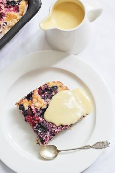 KakkuKatri: Kuningatarpiirakka ja vaniljakastike
