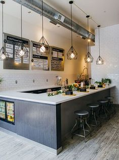 Juice bar bachelorette more smoothie bar, cafe interior, juice bar inte Design Café, Cafe Design, Bar Restaurant, Restaurant Design, Cafe Bar, Juice Bar Interior, Juice Bar Design, Contemporary Light Fixtures, Contemporary Interior