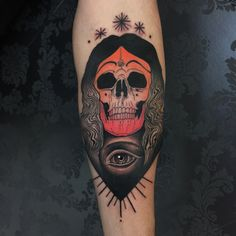 #skulltattoo done by luca degenerate