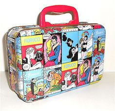 FIORUCCI 80s made in Italy - vintage MEGARARE tin lunch bag  with plastic handle , used, small usured by time especially in boards  - general very great conditions! -  size :  8.60 x 5.50 x 3 inches approx -