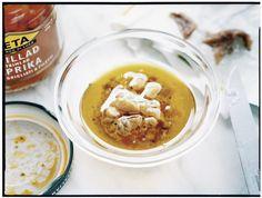 Recept från Zeta: Vinägrett med sardeller och rostad paprika