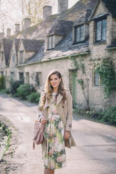 Gal Meets Glam: Morning In Bibury #preppy #juliasstyle