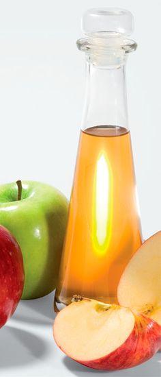 Um trabalho publicado na revista Bioscience, Biotechnology and Biochemistry (2009) comprova: após observar 175 pessoas obesas que consumiram  o vinagre de maçã diluído em água por 12 semanas, antes das refeições, concluíram que houve redução de 10% da gordura visceral e do peso corporal do grupo.