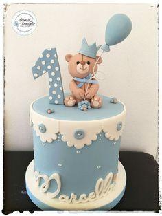 one - cake by aroma di vaniglia - Birthday Cake Vanilla Ideen Torta Baby Shower, Baby Shower Cakes For Boys, Baby Boy Cakes, Baby First Birthday Cake, Boys 1st Birthday Cake, Gateau Baby Shower Garcon, Teddy Bear Cakes, Beautiful Birthday Cakes, Cake Ideas