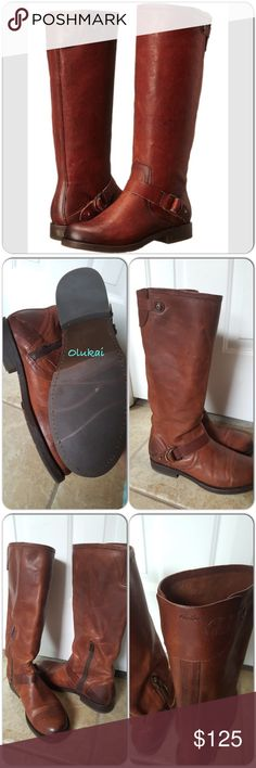 Olukai boots Orthodic grade boots, great brand. Each boots is made of natural leather so have different looks, really comfortable, great support and fits true to size, like new worn once but too big for me. Genuine leather. Made in Mexico. OluKai Shoes