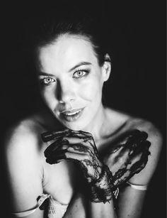 mesmerizing - Model: Denisa Strakova www.denisastrakova.com