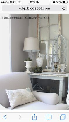 Foyer table styling