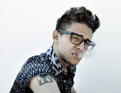 Xavier Dolan talks about his method of directing actors and why he prefers to give them notes during a take than cut. Xavier Dolan, Rockabilly Moda, Rockabilly Pin Up, Rockabilly Fashion, Lady Like, Greaser Guys, Steampunk, Le Male, Oldschool