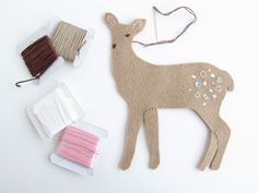 Felt Christmas Deer Part 2 on Pretty by Hand at http://prettybyhand.com/blog/2011/12/22/felt-christmas-deer-ii.html
