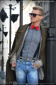 Bow tie and suspenders, love! Not a fan of the faded jeans though.