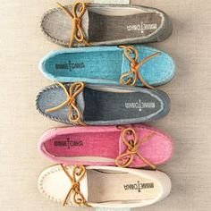 Which Canvas Moc will you be adding to your collection this spring? #MyMinnetonka