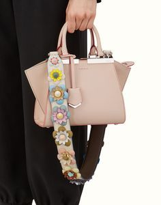 42e3da6f4b4 FENDI STRAP YOU - Shoulder strap in white leather with flowers - view 2  detail