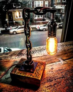 Get light into your home! Metal Art Projects, Welding Projects, Industrial Furniture, Diy Furniture, Industrial Lamps, Furniture Vintage, Vintage Industrial, Lampe Tube, Pipe Lamp