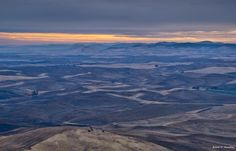 Travel & Landscape Photography: Sunrise from Steptoe Butte
