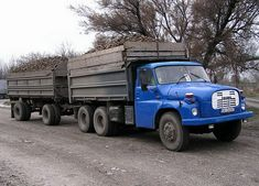 Classic Trucks, Eastern Europe, Cars And Motorcycles, Retro, Vehicles, Historia, Antique Cars, Classic Pickup Trucks, Car