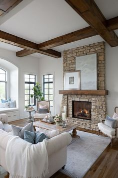 Living Room Seating, Living Room With Fireplace, Living Room Kitchen, Living Room Decor, Porch Fireplace, Living Area, Interior Exterior, Home Interior Design, Country Interior