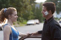 Amy Adams and Mark Wahlberg in The Fighter