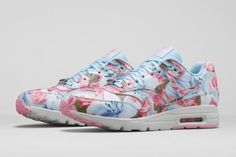 NIKE WMNS AIR MAX 1 ULTRA CITY COLLECTION