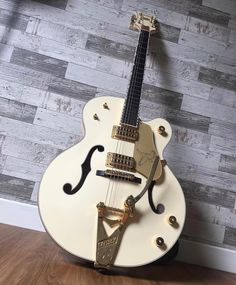 White Falcon Friday with this cool #Gretsch #whitefalcon from @ferlorente.cr #whitefalconfriday #gretschguitars #studio33guitar Guitar Pics, Great Pic, Gretsch, Music Instruments, Cool Stuff, Friday, Instagram, Musical Instruments