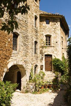 provencetoujours:  Oppède-le-Vieux