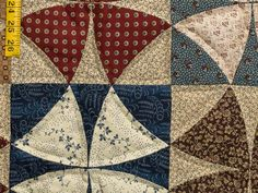 Winding Ways Quilt -- exquisite adeptly made Amish Quilts from Lancaster (hs5775)