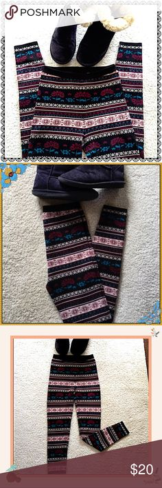 Extra Warm Nordic Tribal Print Winter Leggings☃️ You Don't Have to Give Up Style to Stay Warm and Toasty this Season ❄️️☃️❄️️ These Leggings are Woven Especially for Winter Days and Nights. Unfortunately Too Warm for Hawaii. I Can't Wear them Even on the Chilliest Days. Like New Condition 😍❄️️☃️ Pants Leggings
