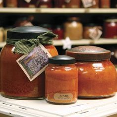 A Cheerful Giver Candle - Autumn Orchard - Country Village Shoppe