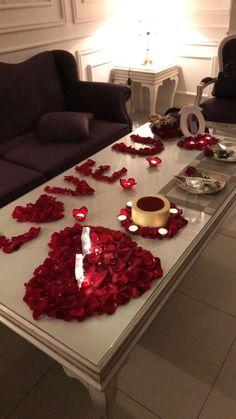 Romantic Room Surprise, Romantic Date Night Ideas, Romantic Birthday, Romantic Dinner Setting, Romantic Dinners, Romantic Gifts, Romantic Bath, Romantic Candles, Romantic Picnics