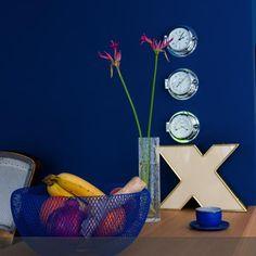 Blau und gold - eine tolle Kombination. Vintage-Buchstabe und Obstkorb von freundts.