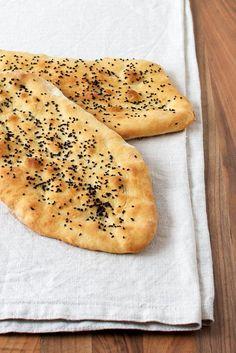 Danish recipe for flat bread baked in oven. Cooking Bread, Bread Baking, Vegan Runner, Vegan Gains, Danish Food, Bread Bun, Flat Bread, Food Crush, Vegan Pizza