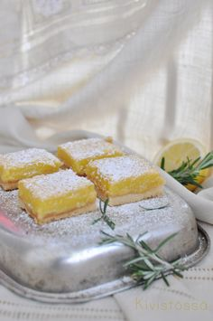 Lemon and rosemary bars by Kivistössä