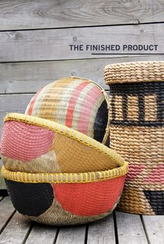 DIY Projects: African-Inspired Painted Baskets — The Marion House Book Painted Baskets, Woven Baskets, Cheap Baskets, Crochet Baskets, Do It Yourself Baby, Do It Yourself Inspiration, Diy Projects To Try, Diy Painting, Diy Tutorial