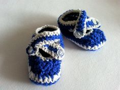 Handmade Baby Booties, Ideal for Gift!