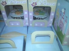 cupcake fondant  for my little princess Alea bday party. everyone can enjoy choco cupcake with fondant. ❤❤❤